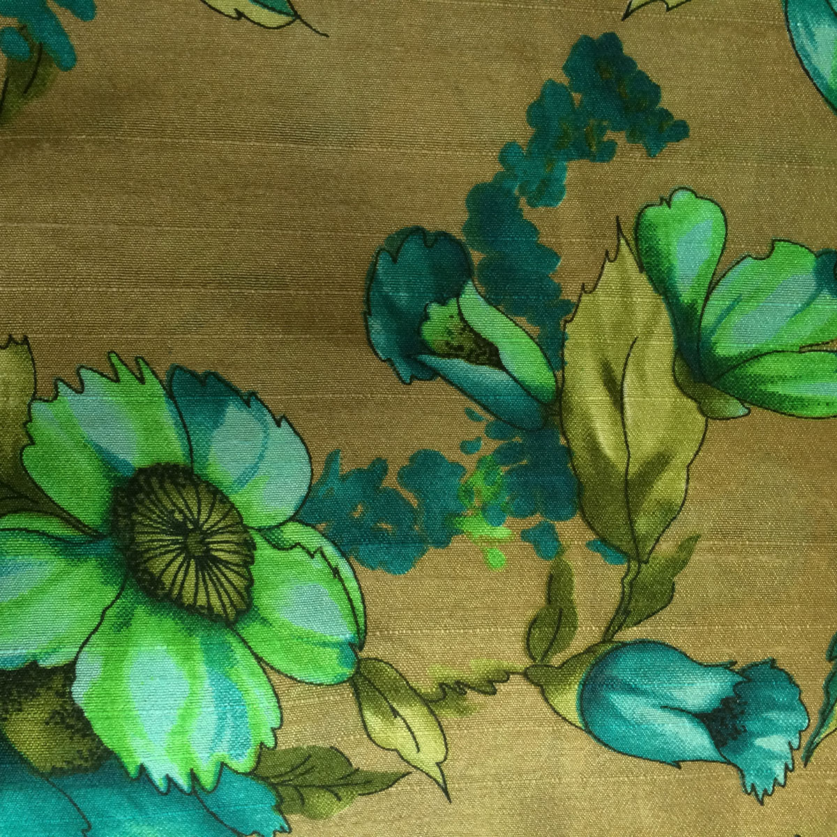 Vintage Style Floral Tussar
